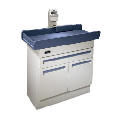Midmark 640 Pediatric Examination Table