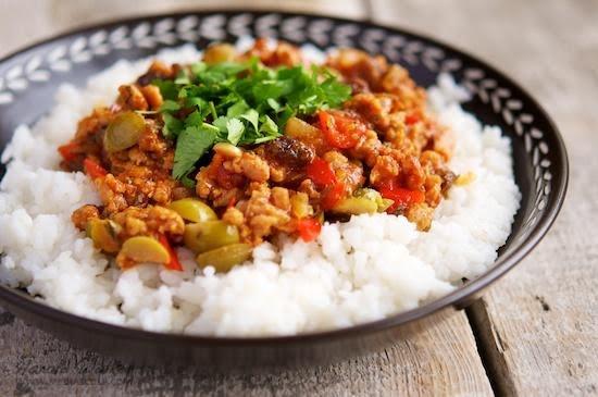 Picadillo de pollo con arroz
