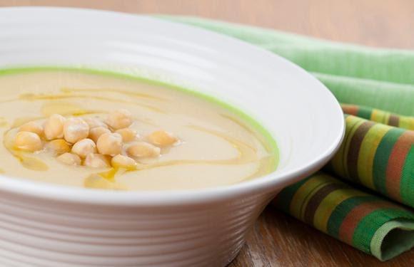 Sopa de garbanzos y crema