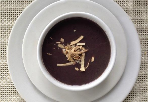 Sopa de frijol saludable