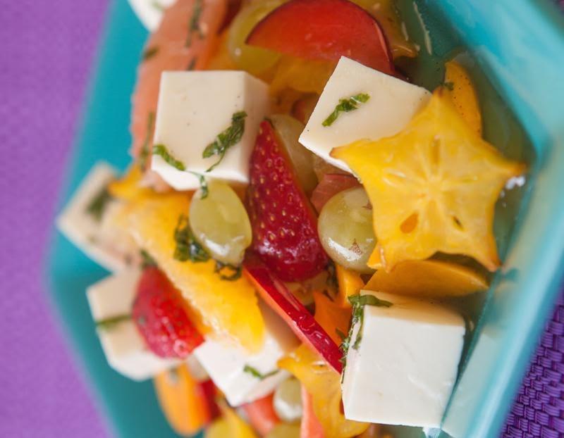 Ensalada de fruta con panela