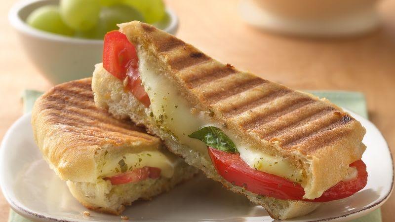Sándwich de mozarella