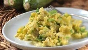Huevos revueltos con calabacitas