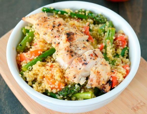 Bowl de quinoa con pollo