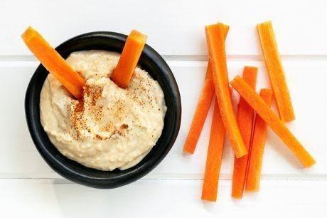 Zanahoria y pera con hummus
