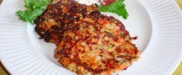 Tortitas de salmón y calabacita