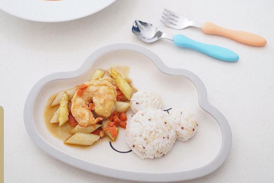 Camarón con papas y arroz