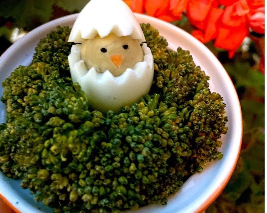 Brócoli a la mantequilla  con huevo cocido