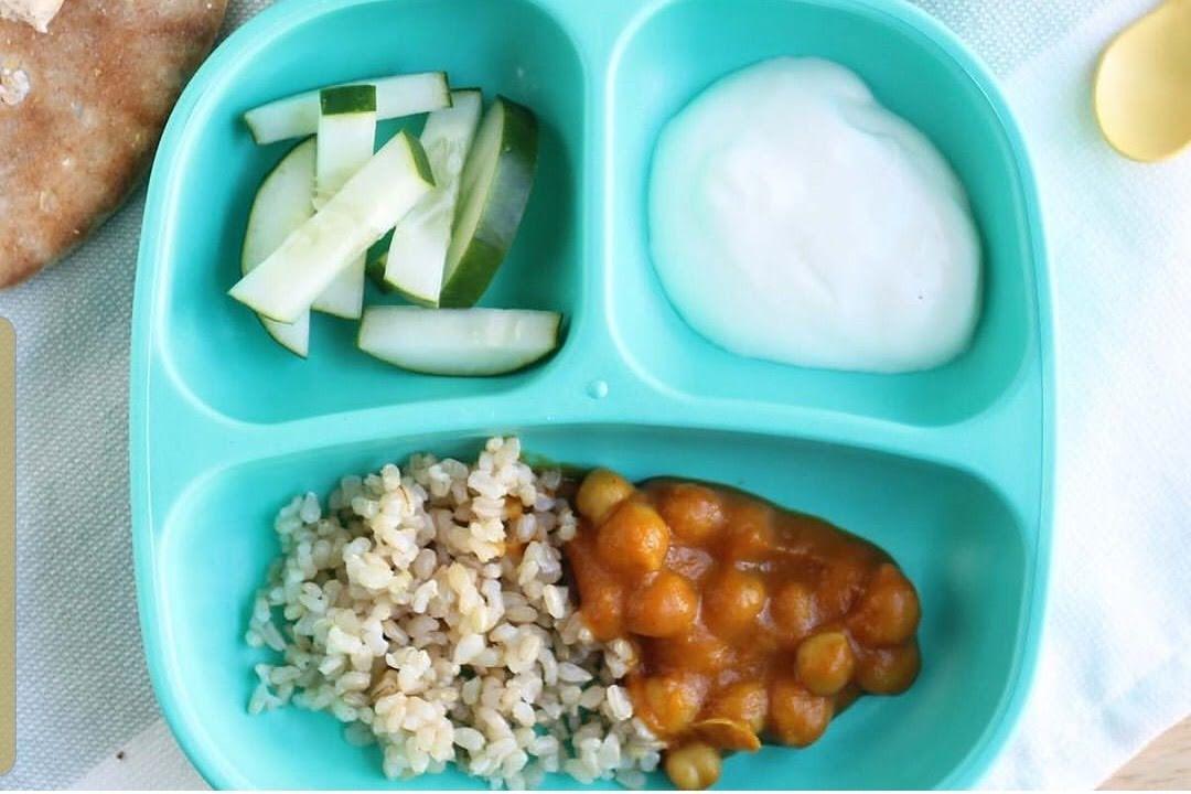 Garbanzo entomatado  con arroz integral