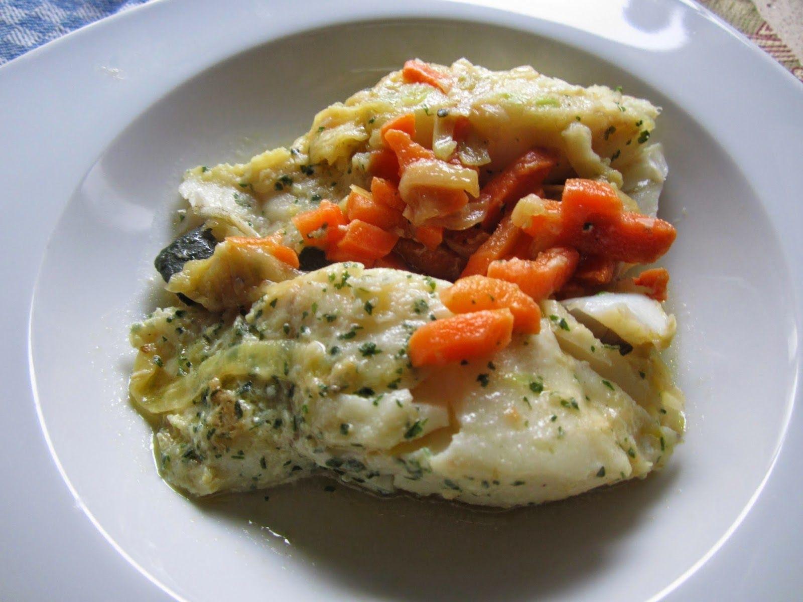 Pescado con zanahoria y cebolla