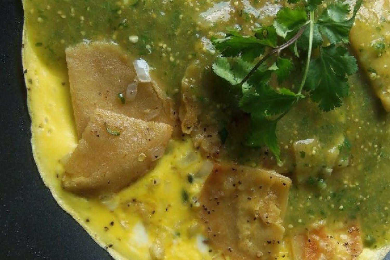 Migas con salsa verde