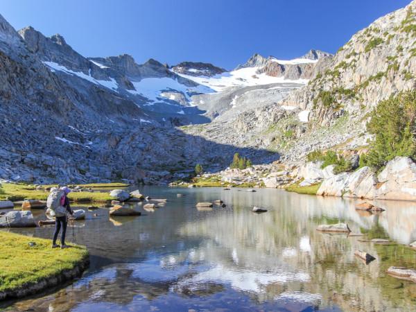 JOHN MUIR TRAIL na High Sierra Nevada, Califórnia, EUA