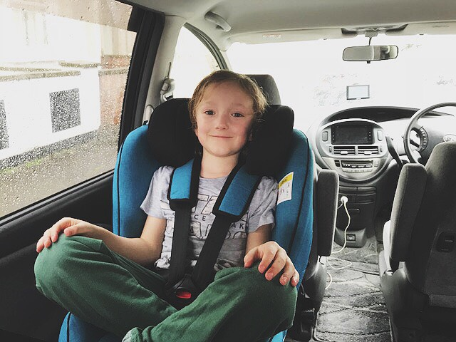 New Axkid Minikid 2018: Charlie, 7 years, 126 cm and 23 kg. Picture: @rear.facing.toddlers