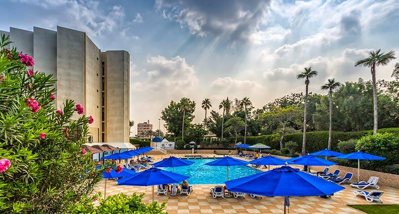 bm-beach-hotel-banner-01.jpg