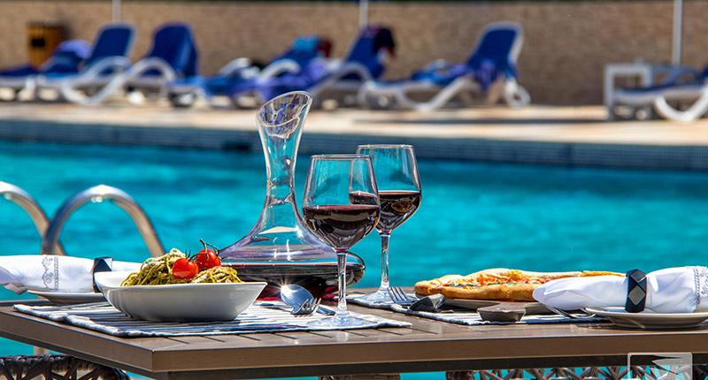 bm-beach-hotel-banner-02.jpg