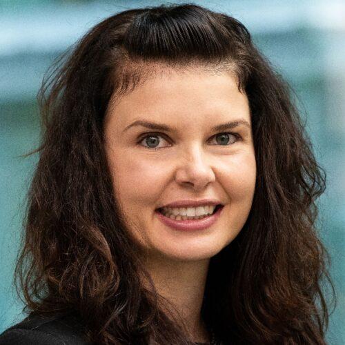 Angela Bucher