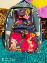 Ортопедичний рюкзак для дівчинки в дуже гарному стані