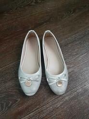 Туфли белые р36-37 стелька 22,5 см на девочку