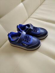 Дитячі кросівки 27 р, стелька 16 см