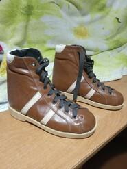 Ботинки ортопедические.