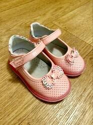 Туфлі для дівчинки 22 розмір (13см стєлька)