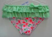 Детские купальные плавки для девочки Cherry зеленые (KEYZI, Польша)