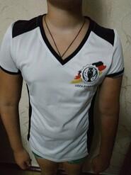 Спортивная футболка для ребенка 10 -11 лет отличного качества.