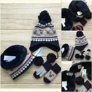 Детская шапка шарф и варежки