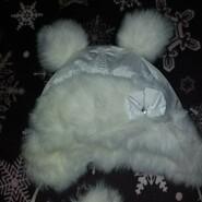 Зимова шапочка для дівчинки на 2-3 роки
