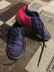 Красовки, спортивне взуття.