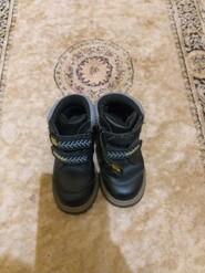 Осенние ботинки,черные