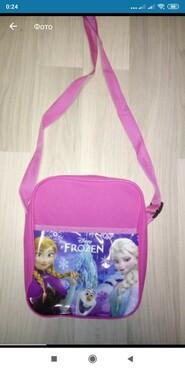 Продам детские сумочки 4штуки вместе+Ледяное сердце Анна и Эльза
