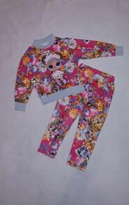 Лёгкий костюм в цветочный принт