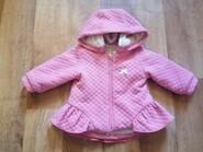 Розовая курточка на девочку