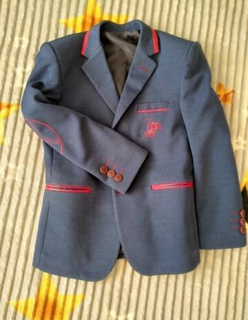 2 рубашки та піджак