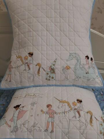 Подушка дитяча