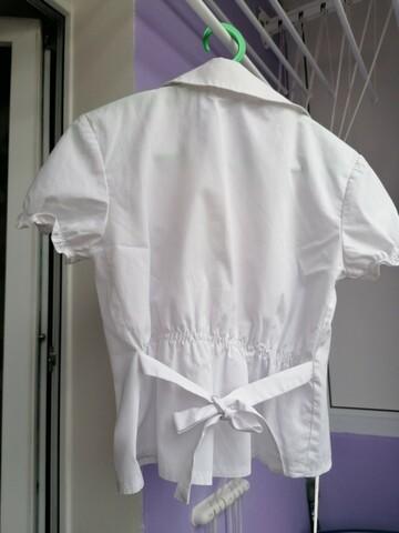Белая блузка на 6 - 7 лет