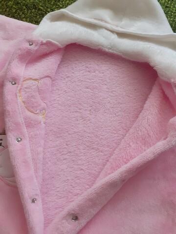 Рожевий ромпер на дівчинку