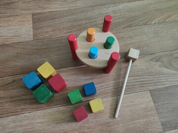 Дитячі іграшки, игрушки