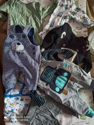 Большой пакет фирменных вещей для новорожденного