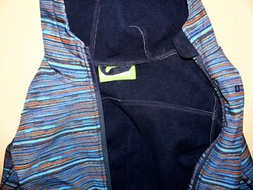 Куртка 6-7лет