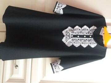 Платье с вышивкой 134р.