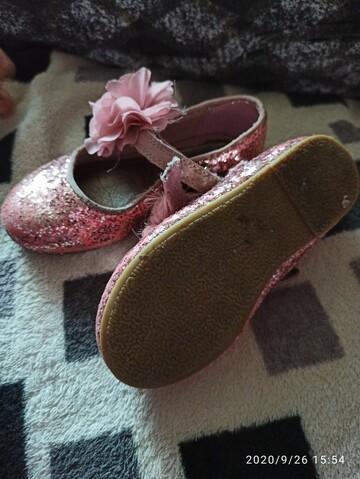 Туфельки фірмові на дівчинку