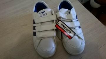 Новые кроссовки на мальчика