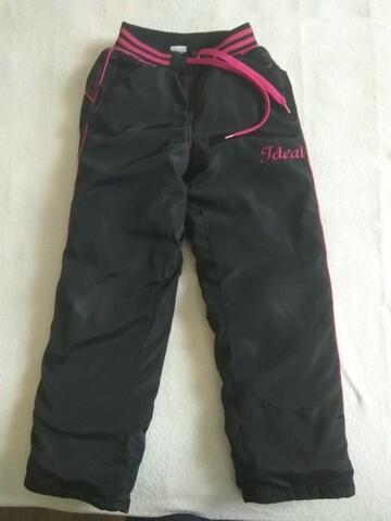 Чорні,теплі штани на дівчинку
