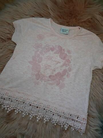 Розовая футболочка