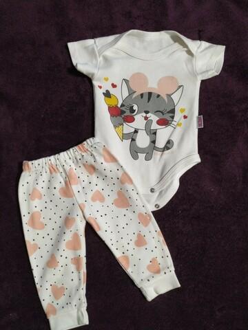 Детский комплект (боди и штанишки)