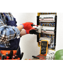 Manopera montaj releu protectie fluctuatii tensiune electrica in retea
