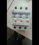 950700329-SIG.AUT.TRI.16A/10KA B