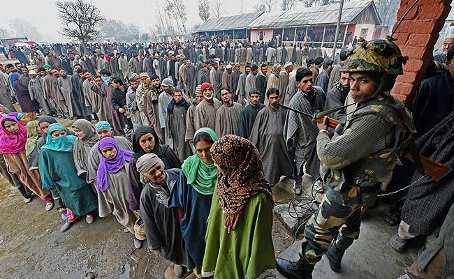 Kashmir conflict: Are local elections amid lockdown a 'sham ...
